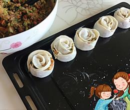 母亲节致妈妈的玫瑰饺子的做法