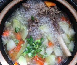 清炖羊腿肉的做法