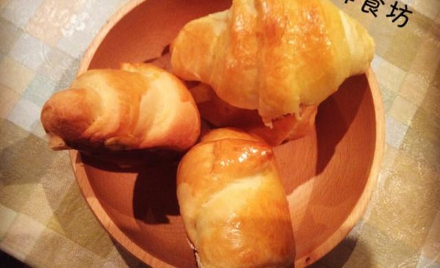 经典黄油牛角包
