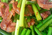 自制腊肉炒蒜苔的做法