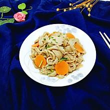 胡萝卜炒平菇#厨此之外,锦享美味#