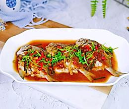 #一道菜表白豆果美食#豆瓣酱蒸小鲳鱼的做法