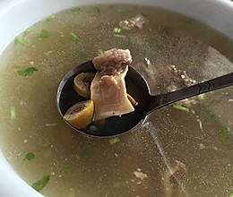 猪头喉橄榄汤的做法