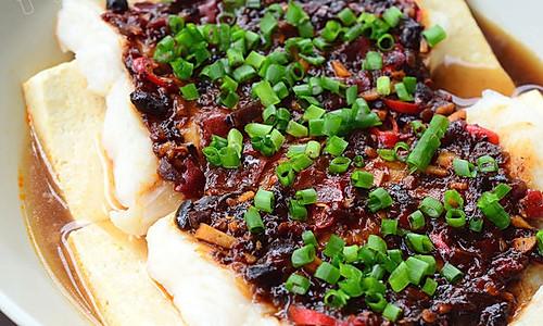 【豆瓣蒸龙利鱼】:新春吉祥菜之蒸蒸日上的做法