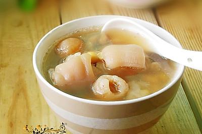 黄豆花生炖猪蹄