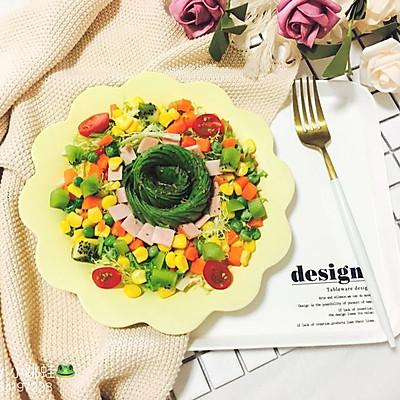 减脂健康牛油果时蔬沙拉