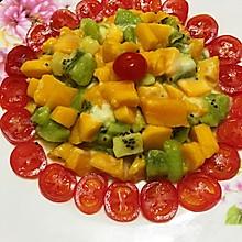芒果猕猴桃沙拉。