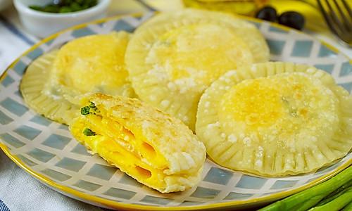 饺子皮版鸡蛋灌饼的做法