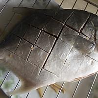 #一人一道拿手菜#烤金鲳鱼的做法图解10