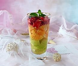 这杯夏日缤纷水果饮,让你忘掉酷暑的做法