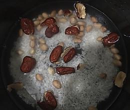 红豆花生补血粥(来大姨妈简单动手版)的做法