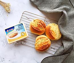 #安佳黑科技易涂抹黄油#蒜香面包的做法
