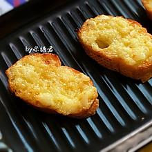 空气炸锅:蛋黄酱蒜香烤面包