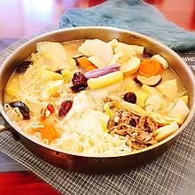 #冬天就要吃火锅#肥牛菌汤火锅 配老北京芝麻酱料