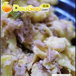 虾酱炒蛋的做法