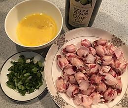 木槿花炒土鸡蛋的做法