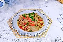 #我们约饭吧#平菇炒红肠的做法