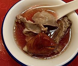 红菇猪心汤 养生猪心汤 海蚌红菇炖猪心的做法