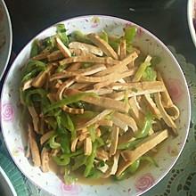 豆腐干炒辣椒