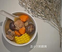 滋补养胃 玉米排骨汤的做法