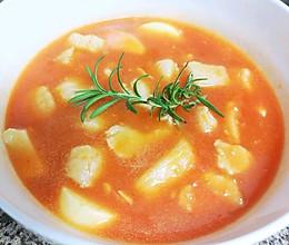 夏日开胃的新手小白菜谱——番茄巴沙鱼豆腐汤的做法
