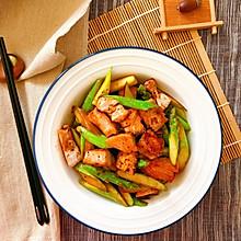 减脂餐:香煎芦笋三文鱼
