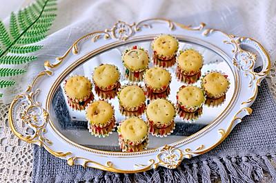 免打发搅一搅就能做香草蔓越莓麦芬蛋糕