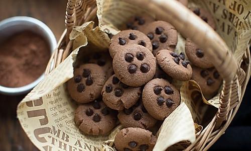 双重美味的巧克力曲奇饼#长帝烘焙节华北赛区#的做法