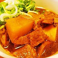 豆荚小厨之酱烧牛肉炖萝卜