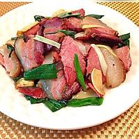 蒜苗炒腊肉的做法图解6