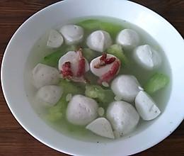 丝瓜培根鱼丸汤的做法
