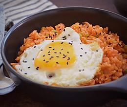 #520,美食撩动TA的心!#泡菜炒饭的做法