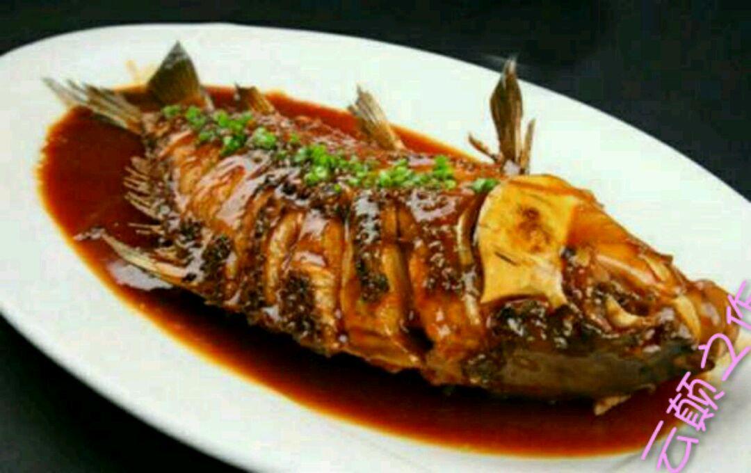 兜兜_红烧鱼怎么做_红烧鱼的做法视频_豆果美食