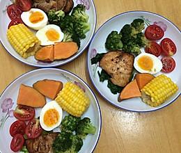 减肥餐-西兰花配鸡胸肉的做法