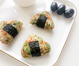 宝宝辅食·鲜虾土豆泥时蔬肉松饭团的做法