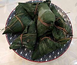 #美食视频挑战赛# 鲜肉粽子的做法