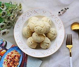 #今天吃什么#外酥内软的黑芝麻麻薯包的做法