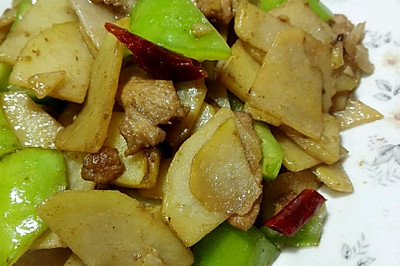 快手菜之青椒肉片土豆片,簡單家常菜料酒