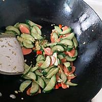 #花10分钟,做一道菜!#火腿肠炒黄瓜的做法图解9
