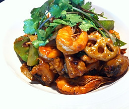 干锅大虾牛蛙的做法