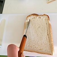 煎蛋培根吐司的做法图解2
