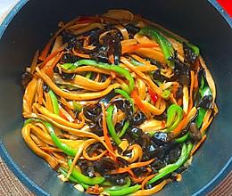 杏鲍菇神仙吃法,好吃到舔盘子的鱼香杏鲍菇的做法