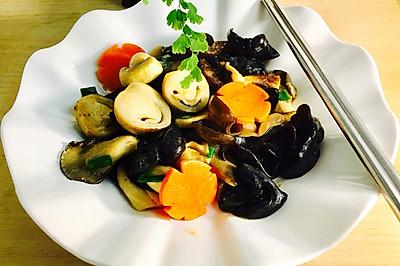 黑木耳炒菌菇