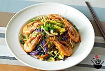 一食半刻 | 鲜虾炒面的做法