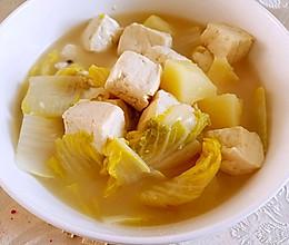 土豆白菜豆腐汤——瘦身美味又健康的做法