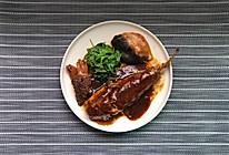 明前最鲜河物:羊肚菌烧河豚的做法