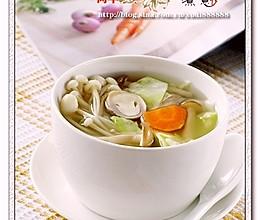 菌菇什蔬汤的做法
