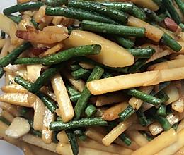 豇豆炒土豆条的做法