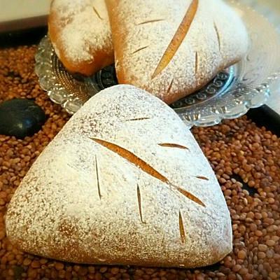 蓝莓牛奶面包