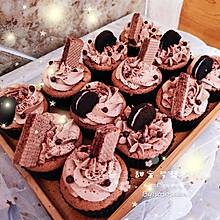巧克力爆浆阿华田纸杯蛋糕